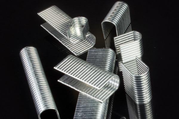 adhesivos para grapas y bandas metalicas